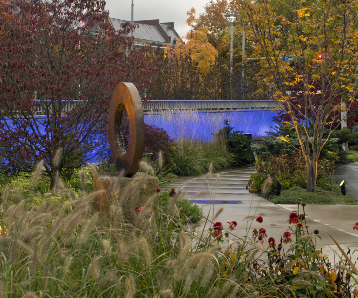 Therapeutic landscape gardens schneider healing garden for Canadian society of landscape architects
